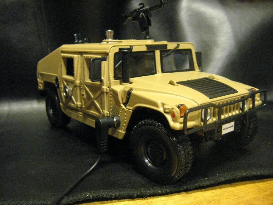 1:18 scale Humvee with an Overdrive built into it. Built for a dear friend and veteran, Gene Ignaszewski.