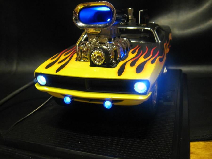 Guitar Overdrive Effect Pedal built into a 1:18 scale 1970 Plymouth 'Cuda.