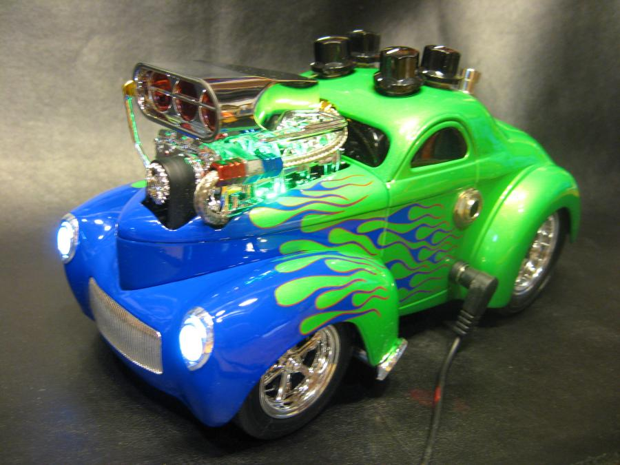 "<div style=""text-align: left;"">Custom made for Leo R. Killer hand wired Dumble-like overdrive built into a 1:18 scale 1941 Willys. Overdrive features controls for Volume, Drive, Pre-Gain Filter(Voicing), Tone.</div>"